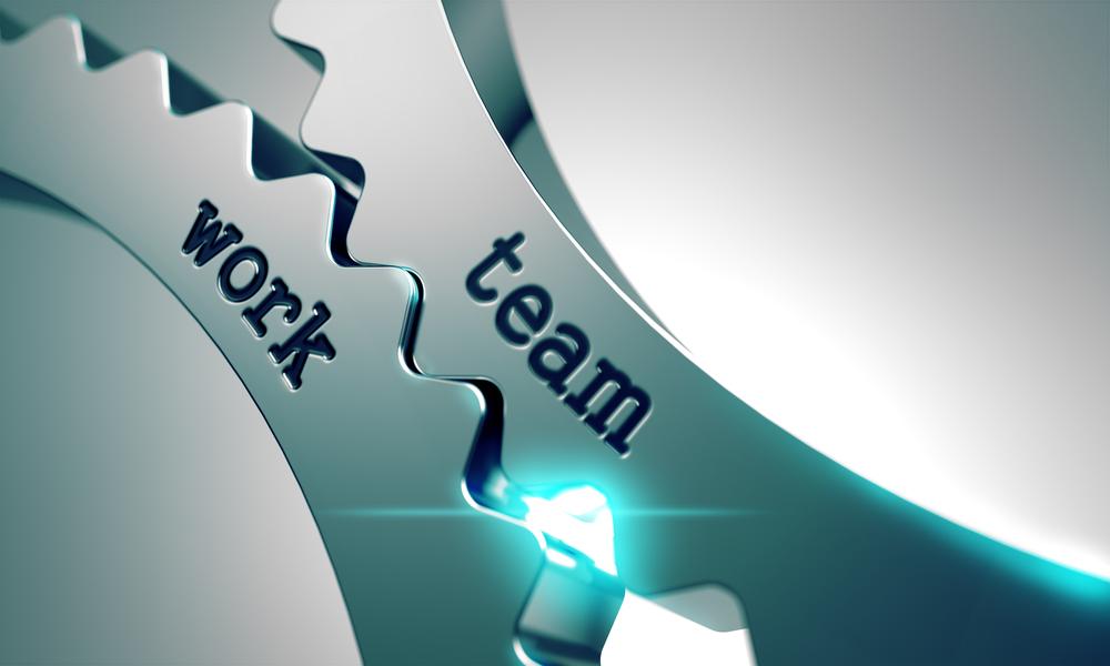 Metal gears that say team work